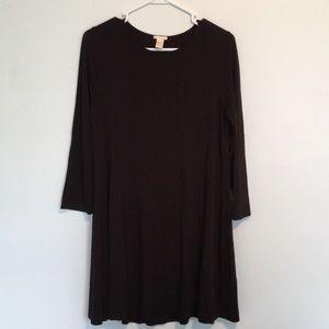 Forever 21 Black Skater Dress w Sleeves